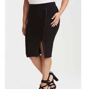 Torrid lace up side pencil skirt.